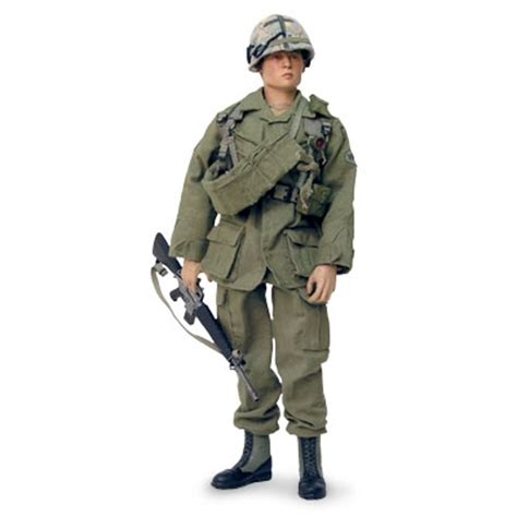 Platoon Edition Figure oliver platoon prop replicas greatest props in history