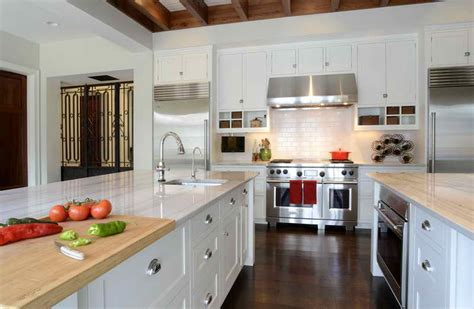 kitchen cabinets reviews brands cabinets ideas kitchen cabinet brands