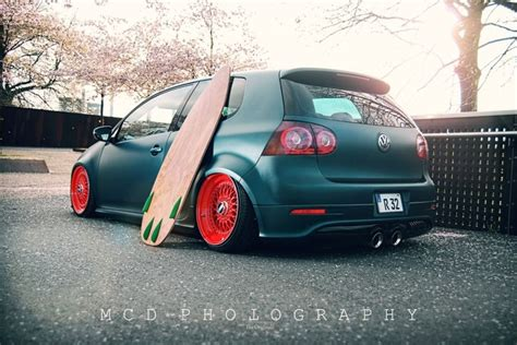 stanced volkswagen golf vw stance stanced sickcolorcombo cars pinterest