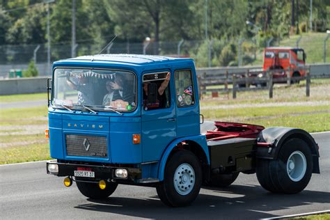 renault trucks old truck pictures classic semi trucks photo galleries