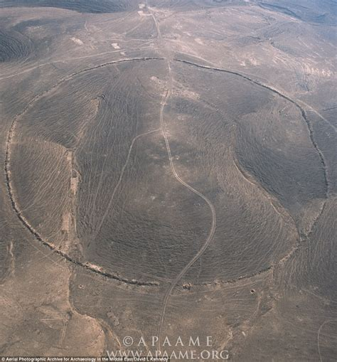 Landscape Structures Australia Mystery Of S Big Circles Ancient Rings In