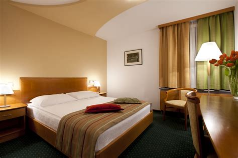 hotels with 2 bedrooms accomodation ocwc global 2014