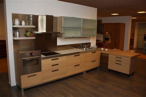 cucina in rovere cucina rovere naturale vetro cucine a prezzi scontati
