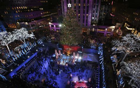 nyc s rockefeller center lights christmas tree lifestyle