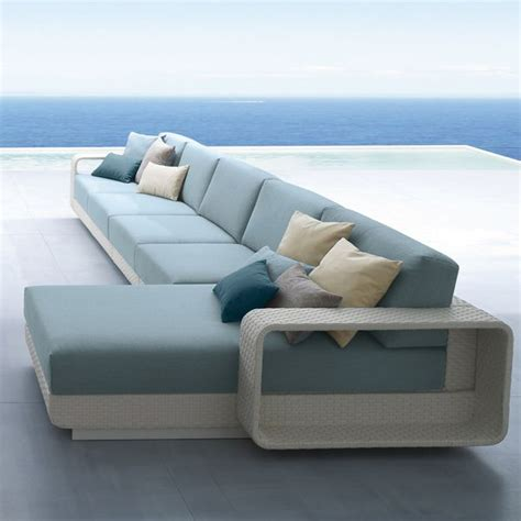 straight line sofa designs roberti htons sectional wicker outdoor sofa