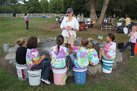girl scout leader 411 blog girl scout cing sit upon buckets bum kits girl scout leader