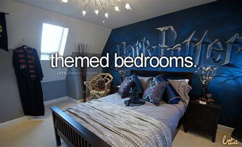 the hunger games themed bedroom i would want a harry potter or music or hunger games