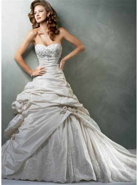 best wedding dress photos   Wedding Inspiration Trends