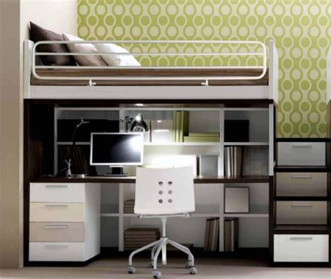 letto con scrivania sotto letto a line con scrivania e scala a cassettoni
