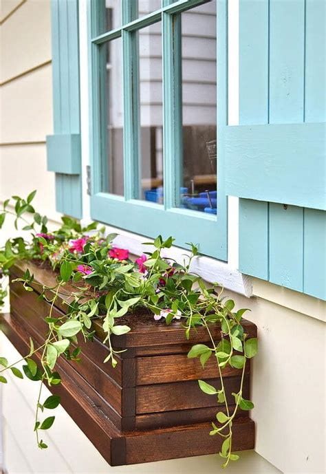 Wooden Window Planter Boxes by 32 Best Diy Pallet And Wood Planter Box Ideas And Designs