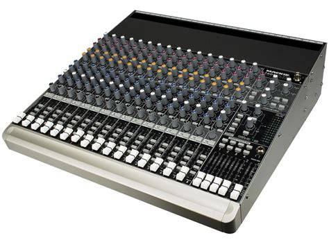 Mixer Audio Mackie recording equipment