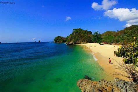 pantai 3 warna 20 wisata pantai malang yang wajib dikunjungi