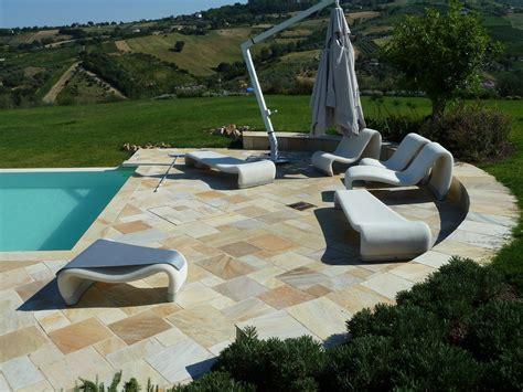 piastrelle in pietra per esterni pavimenti per l esterno effetto legno e pietra cose di casa