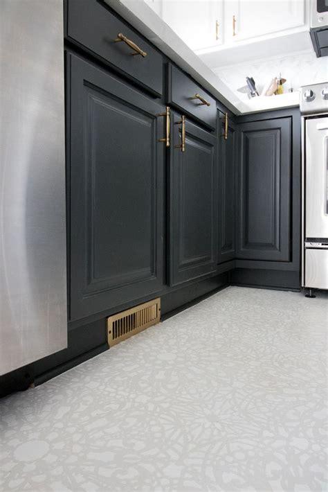 25  best ideas about Stenciled floor on Pinterest