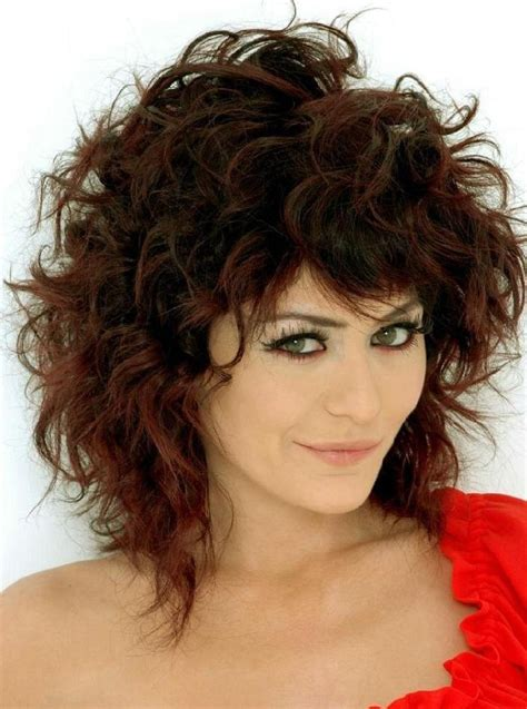Curly Hairstyles For Medium Hair by Medium Length Curly Hair Styles 03 Curly Hairstyles For