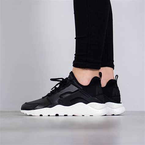 Sepatu Nike Huarache Black Black Premium Quality cheap nike air huarache black trainers clearance sale uk