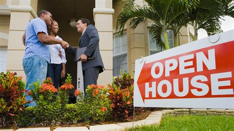 house of real estate how to become a real estate agent