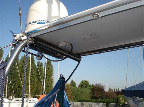 zeilersforum nl rvs boog zonnepanelen op hekstoel 1 2 - Zonnepaneel Zeiljacht