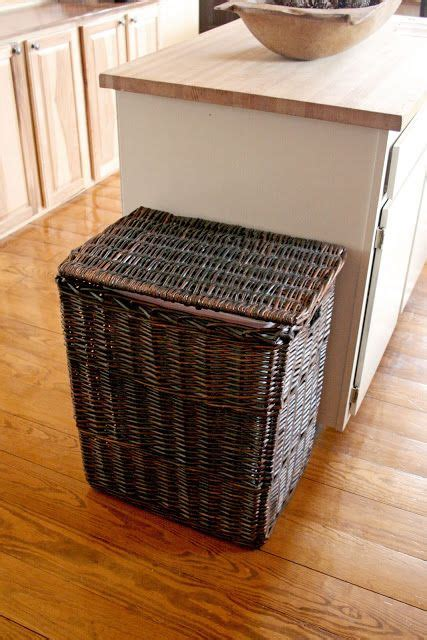 kitchen trash can ideas best 25 trash can ideas ideas on trash can deck ideas for raised ranch