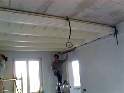 controsoffitti in legno rustici realizzazione controsoffitto in legno rustico