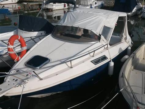 barche usate cabinate saver manta 620 cabin in m carrara imbarcazioni