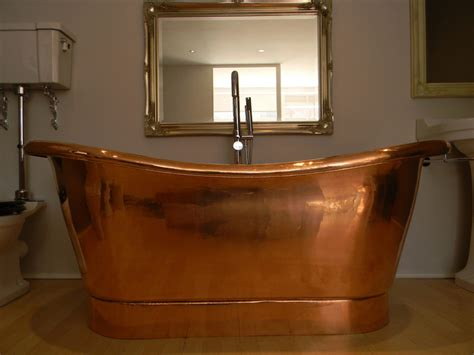 copper bathtub copper bathtubs turning your bathroom into an antique