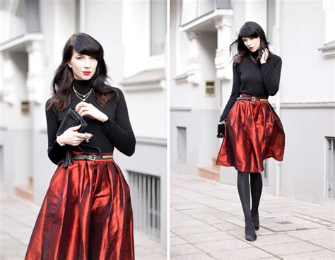 ecu christmas skirt and black ootd for cats dogs fashion and lifestyle