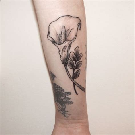 calla lily tattoo 25 best ideas about calla tattoos on