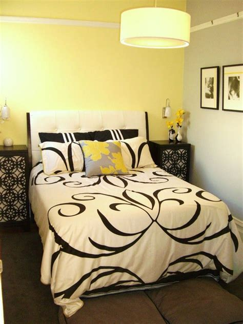 Yellow And Black Bedroom Ideas by Black White Yellow Bedroom Ideas Home Design Decorating