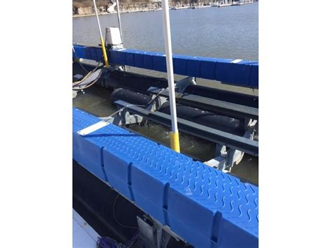 boat lift for sale ohio hydro hoist boat lift powerboat for sale in ohio