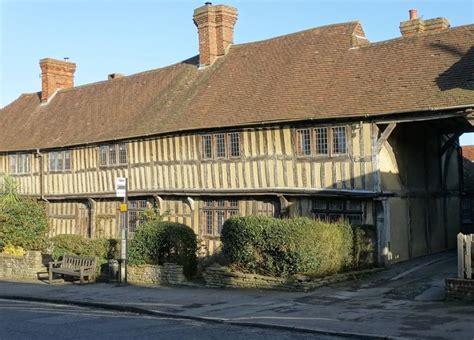3 bedroom cottage for sale in staplehurst kent tn12