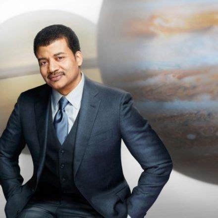 snapzu news: 'cosmos' with host neil degrasse tyson to