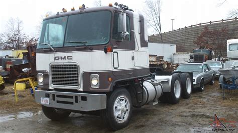 gmc semi truck find gmc astro cabover semi truck autos post