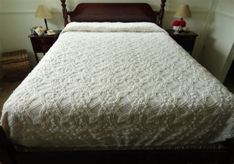 queen size bed spreads vintage chenille bedspreads queen size tedx decors the