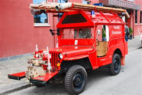 jeep fire truck overloaded willys mb jeep fire truck