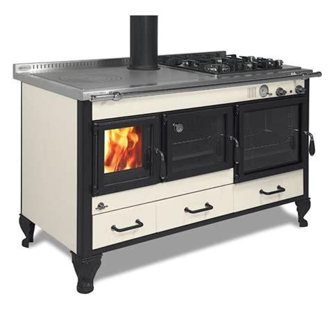 stufa a legna con piano cottura family wekos srl termostufe cucine a legna