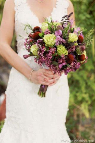 how much is a wedding bouquet how much does it cost bridal bouquet