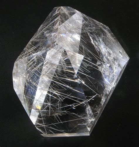 rutilated quartz file rutilated quartz jpg wikimedia commons