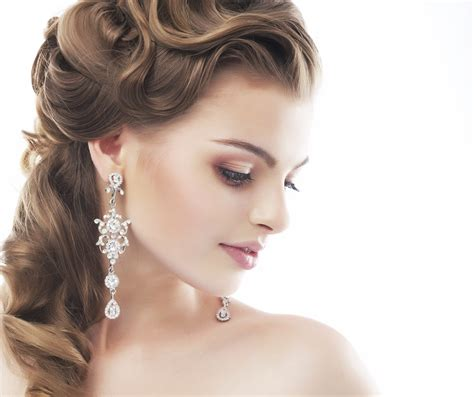 Wedding Hairstyles And Makeup Pictures by Choosing Wedding Hairstyle Articles Easy Weddings