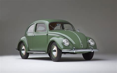 vintage volkswagen bug old vs new volkswagen beetle video motor trend