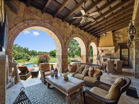 Joey House by Slideshow Rock S Home Hits The Market For A
