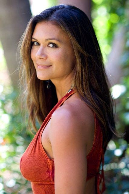 nia peeples sonya dakar celebrates ultraluxe new fall