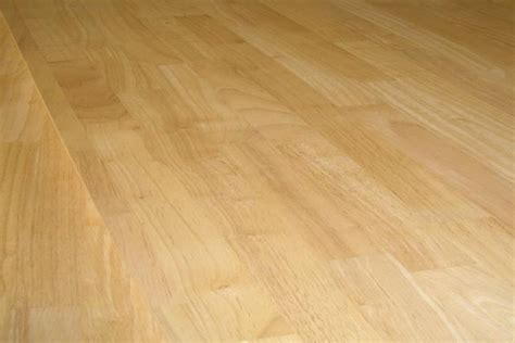 18 22mm thick rubberwood solid timber flooring