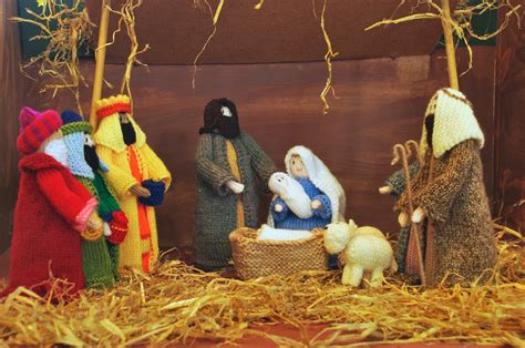 knitting pattern nativity stitchin bints finished project knitted nativity