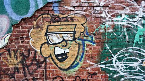 new york graffiti art gallery the city whispers new york graffiti american peyote