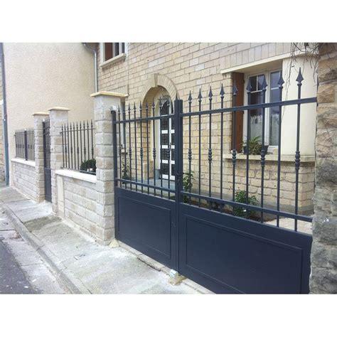 Portail De Maison En Fer portail fer sur mesure portail en fer coulissant et