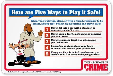 Stay Sharp Kitchen Knives mcgruff school safety signs