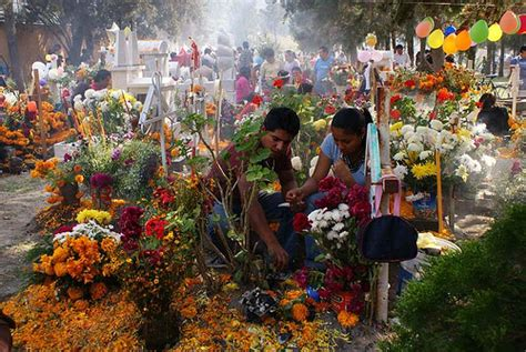 celebracin da de los difuntos en las comunidades fiesta a los muertos zona centro noticias