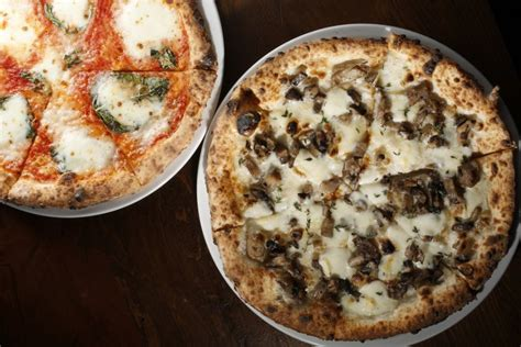 pizzeria california san fior caputo does pizza right inside scoop sf