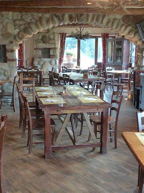 arredamenti per ristoranti rustici arredamento osteria progettazione esecuzione arredamenti